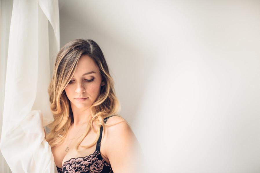 toronto boudoir photography studio portrait