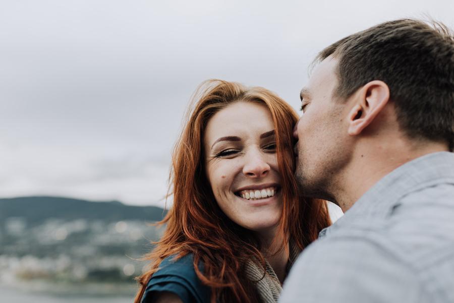 Stanley Park Vancouver kiss